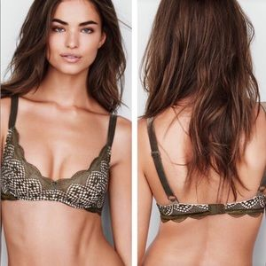 Very Sexy olive green scoop neck lace unlined bra